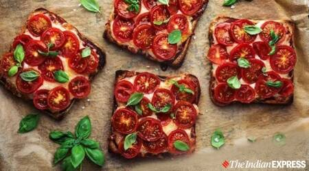 pizza style toast, pizza at home, easy pizza at home, indianexpress.com, indianexpress, quarantine recipes, toast recipes,