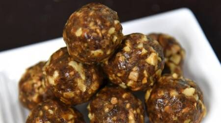 energy balls, energy laddoos, energy ladoo recipe, easy recipe, ambika shetty kitchen recipes, four-ingredient energy balls, energy laddoos, indianexpress.com, indianexpress, special energy laddoos,