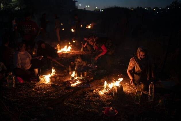 Greece camp fire, Greece refugee camp fire, asylum seekers camp fire, lesbos camp fire, indian express