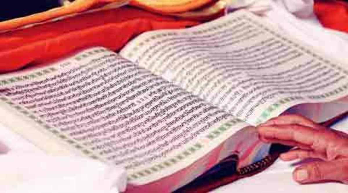 J&K languages Bill, SGPC asks for punjabi in jandk language bills, Akal Takht, Satnam Parchar Religious Society, SGPC, guru granth sahib, guru grath sahib birs, indian express news