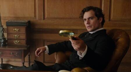 Henry Cavill says that he would love to play James Bond