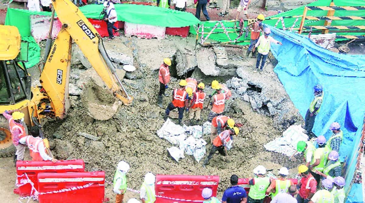 Girgaum road cave in, Girgaum road broken, jss road cave in, jss road shut, mumbai city news