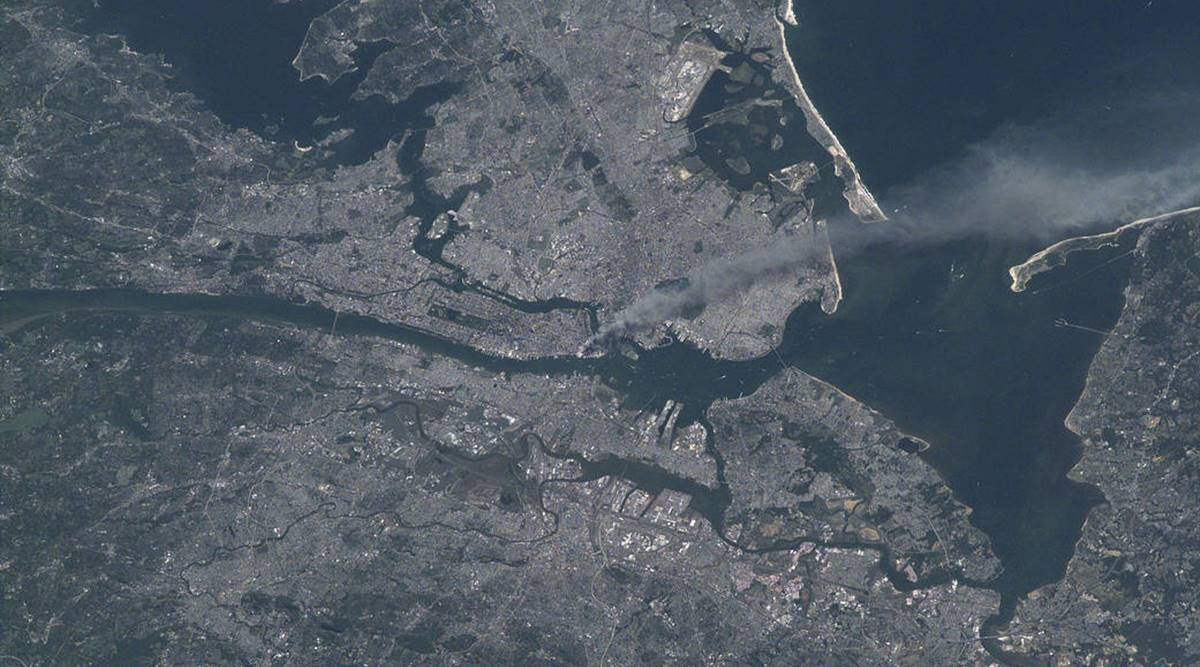 9/11 images, 9/11 images from space, nasa space photos of 9/11, twin towers attack 9/11, us 9/11 attack photos