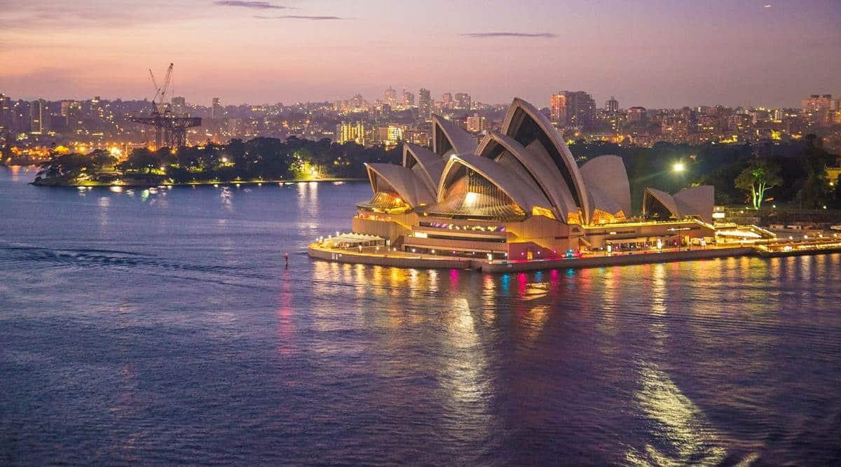 Qantas' flight to nowhere, Sydney travelling, Qantas Airlines, traveling, travelling, Australia, domestic flight, indian express news