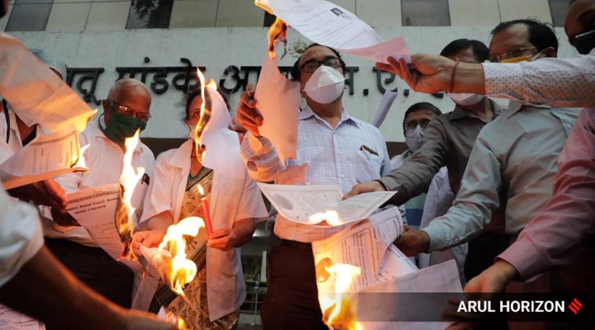covid-19 in maharashtra, coronavirus doctors in pune, pune ima, pune ima doctors protest, pune hospitals covid treatment cost, Indian Medical Association protests pune, pune city news