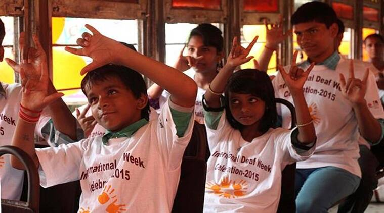 sign language, ISL, Indian sign language, NEP on sign language, international sign language day, Anushruti Academy for the Deaf, sign language free classes online, education for deaf, nad, national association for deaf, IIT Roorkee, AAD, education news
