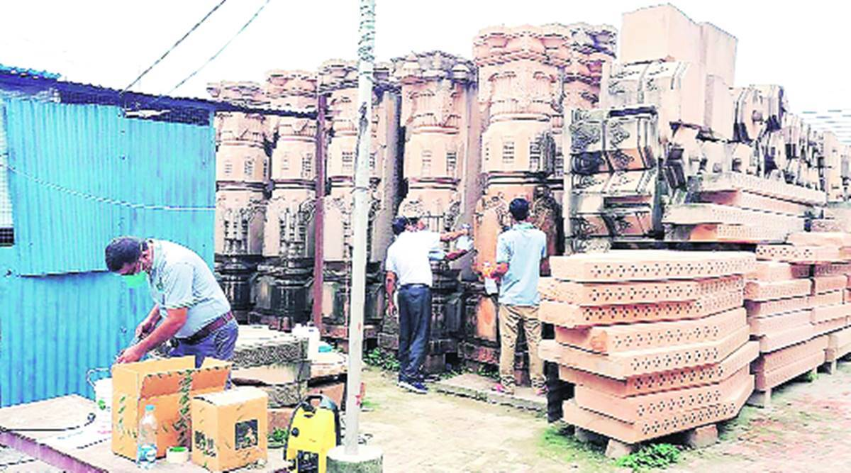 Ayodhya Trust plans to build 1,200 temple pillars by next March, finish first floor by 2022