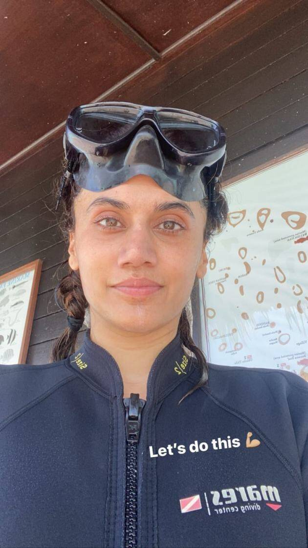 taapsee scuba diving