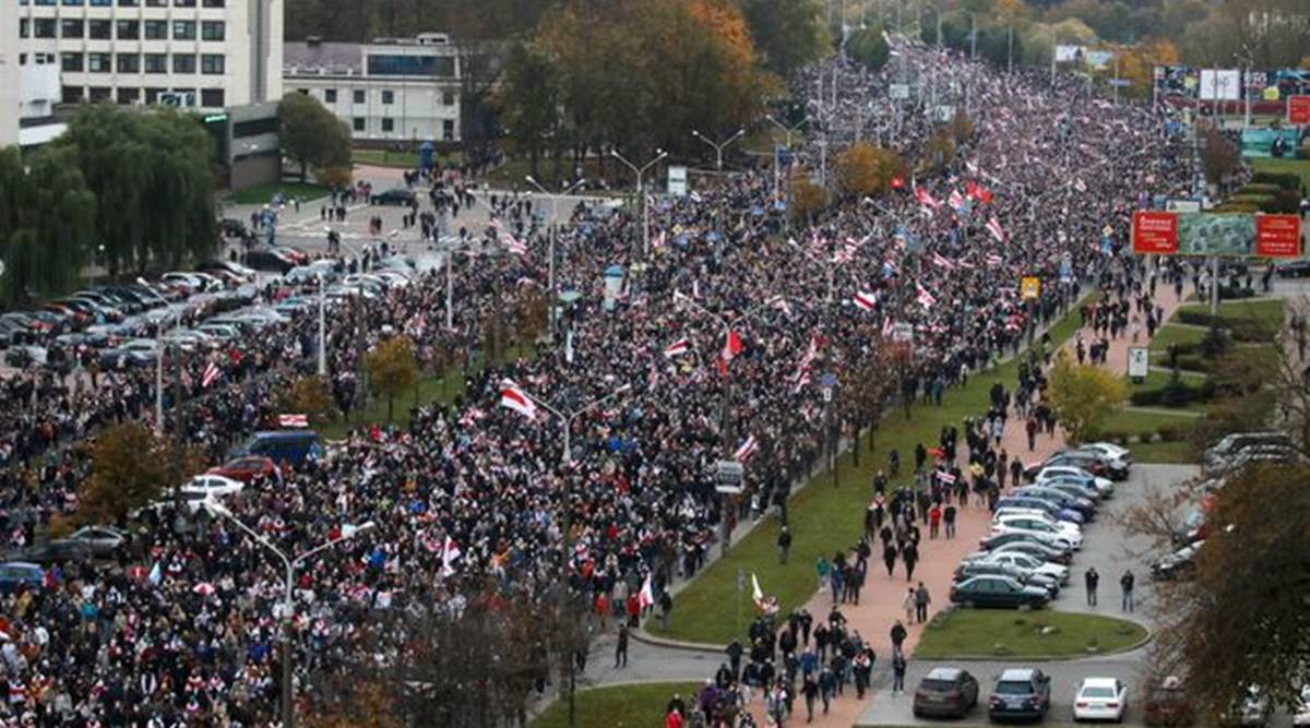 Thousands protest as Belarus leader faces resignation demands