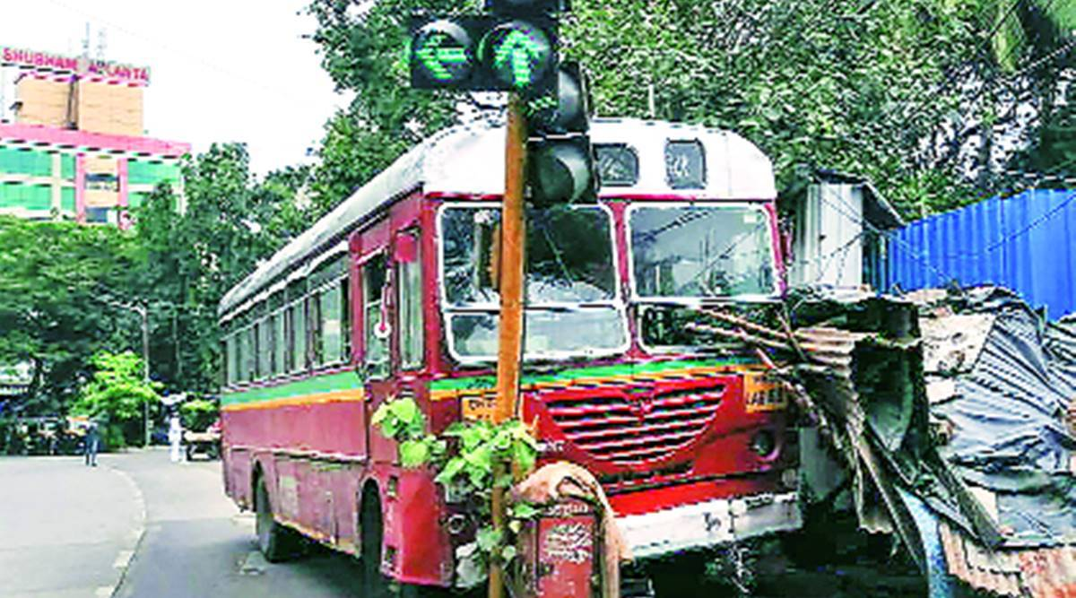Mumbai: BEST bus rams into signal post as driver faints at the wheel