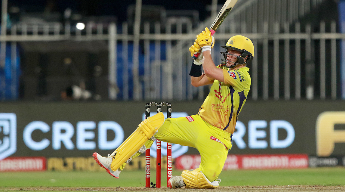 One-man-army Sam Curran fights CSK out of tight corner | Sports News,The  Indian Express