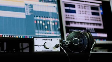 What is an amplifier, What is a headphone amplifier, , headphones, Headphone amp, headphone Impedance, headphone Amplification, when does your headphone require an Amp, headphone amp, What Amplifier do you need?