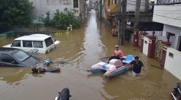 hyderabad, hyderabad rains, hyderabad floods, hyderabad news, hyderabad, maharashtra rains, indian express