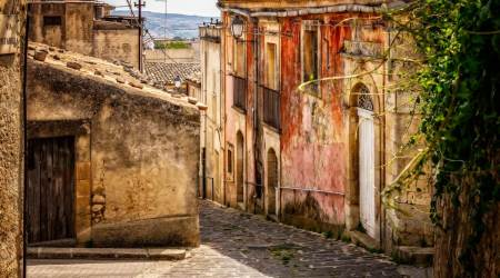 Italy town, houses for sale in Italy, houses for sale for 1 Euro in Italy, Sicily, Indian Express news