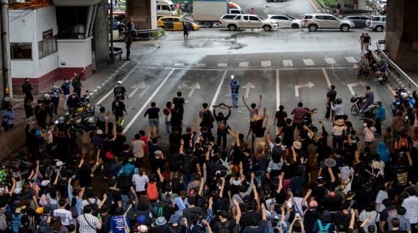 Bangkok protests, Thailand protests, bangkok anti-government protests, bangkok transit systems shut, bangkok protests social media, Prayuth Chan-ocha, thailand prime minister, Prayuth Chan-ocha protests, bankok sky trains, Thai police protests