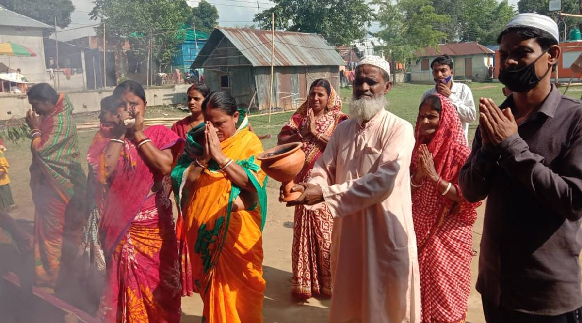durga puja, durga puja 2020, durga puja tripura, hindu muslims celebrate durga puja together, agartala durga puja, Covid-19, covid news tripura, indian express