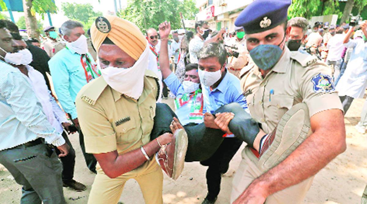 Gujarat congress protest, Congress chief, congress workers detained, fee waiver, Ahmedabad news, Indian express news