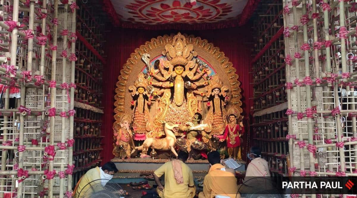 Durga Puja, Calcutta HC on Durga Puja, Durga Puja pandal, Kolkata Durga Puja pandal, HC on Durga Puja pandal, Indian Express