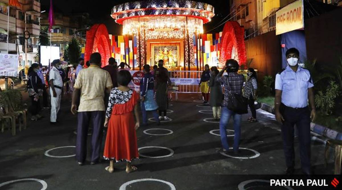 durga puja, west bengal durga puja pandals, durga puja pandals electricity supply, durga puja pandals penalised for illegal supply of power