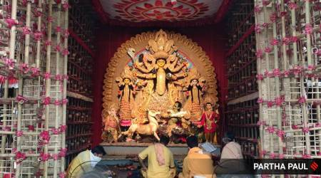 Durga Puja: Calcutta HC order in place, low footfall on Panchami