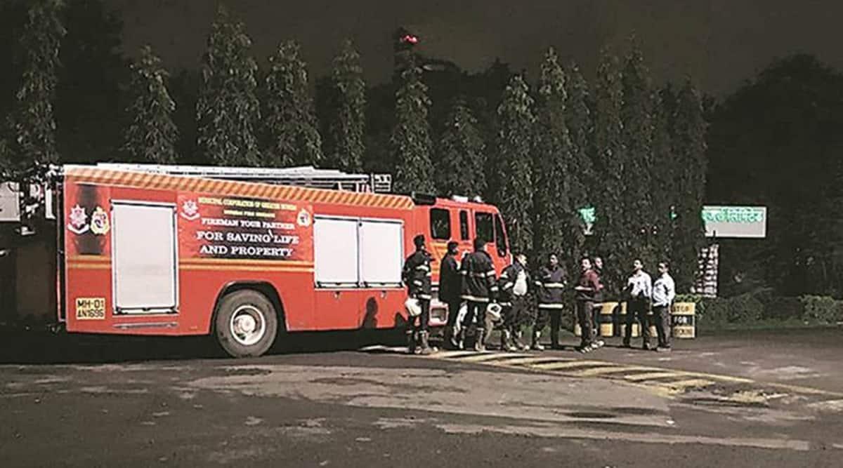 mumbai smell, mumbai foul smell, mumbai gas leak, mumbai smell panic, mumbai city news