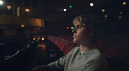 Lonely, justin bieber Lonely, Lonely music video
