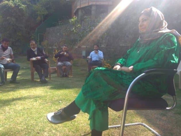 Mehbooba Mufti, Mehbooba Mufti released, PDP Mehbooba Mufti Kashmir, Kashmir Mehbooba Mufti, Mehbooba Mufti Kashmir news