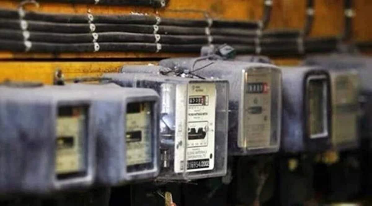 Maharashtra electricity consumption, maharashtra electricity consumption drop, maharashtra lockdown, uddhav thackeray, maharashtra news, indian express news