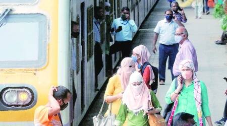 Mumbai power outage: 86 train services cancelled, people forced to walk
