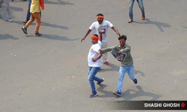 bjp protest, bjp protest march, bjp protest march in kolkata, west bengal bjp, kolkata bjp prtest, kolkata bjp prtotest, howrah bjp police clash, howrah bjp workers protest, bengal bjp nabanna march, west bengal bjp police clash, howrah news, bjp protest west bengal