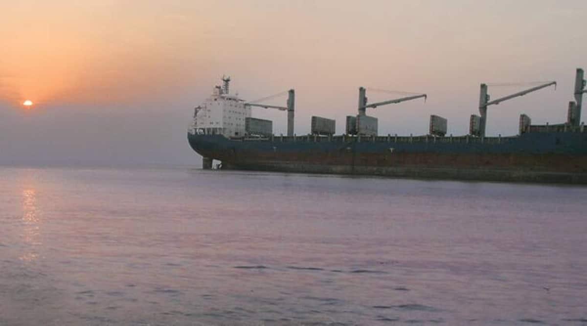 Alang ship-breaking yard in Gujarat, gujarat high alert, Jesslyn Natuna dismantling in alang ship breaking centre, Jesslyn Natuna hazardous ship, indian express news