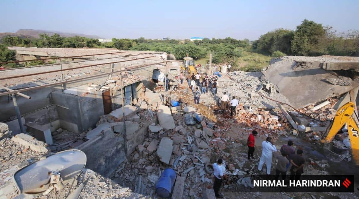 gujarat blast, gujarat textile godown blast, factory blast gujarat, Pirana-Piplaj blast, ahmedabad factory blast, ahmedabad city news