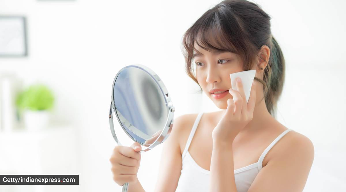 face wash, washing the face, effectively washing face, skincare, everyday skincare, how to wash the face properly, oily skin, dry skin, combination skin, indian express news