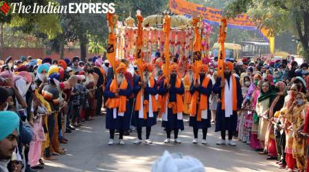 Gurpurab 2020, Gurpurab 2020 celebrations, Guru Nanak Jayanti celebrations, Guru Nanak Jayanti 2020 pictures, Gurpurab 2020 pictures, indian express news