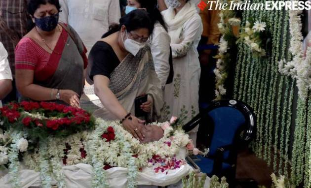 Soumitra Chatterjee funeral photos
