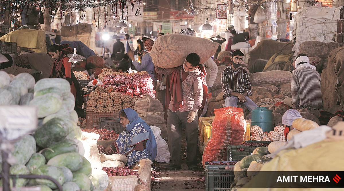 Delhi's Azadpur Mandi feels pinch, traders hint at fruit and vegetable prices going up