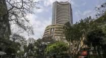 Sensex slips over 550 points in early trade, Nifty dips below 13,800-mark