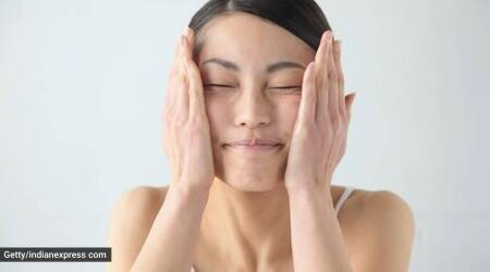 Dry skin, skincare routine, how to take care of dry skin in winter, winter skincare, indianexpress.com, indianexpress, beauty tips, beauty hacks, shraddha gurung,