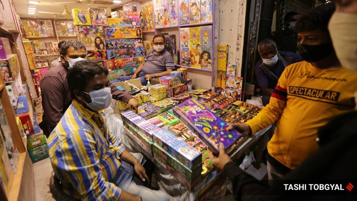 Following BMC ban, owners of firecracker shops claim 70 per cent decline in earnings