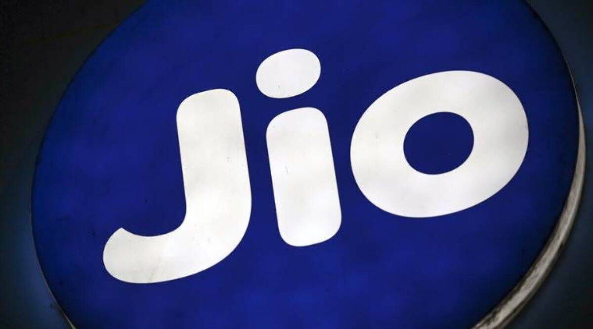 Reliance Jio to make domestic voice calls free from January 1