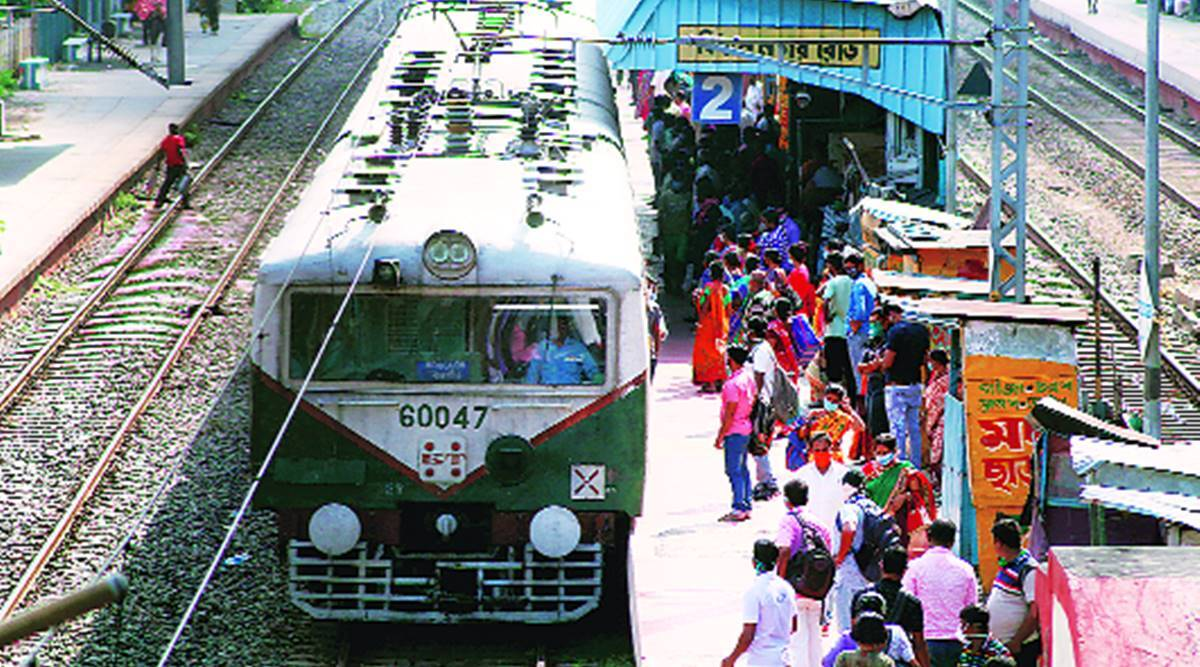 210 local trains to run daily during office hours in Kolkata