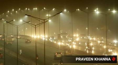 Farm fires down but Delhi's air quality set to turn 'very poor'
