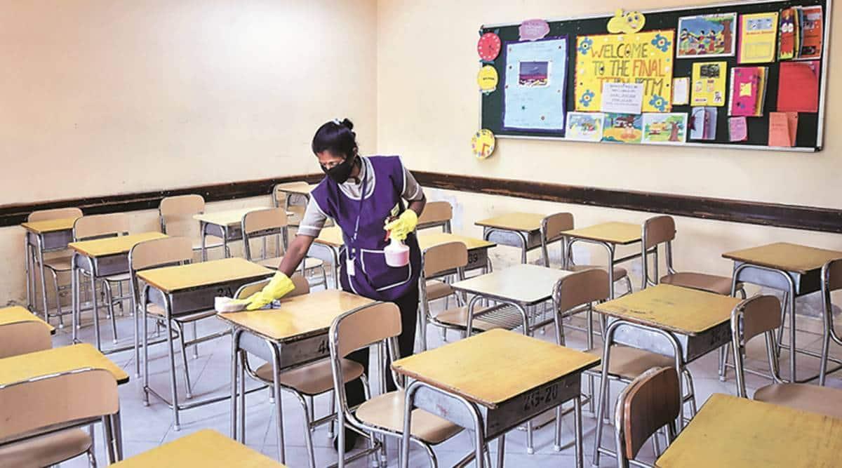 gujarat schools reopens, gujarat schools lockdown, covid lockdown, school open after lockdown, gujarat news, indian express