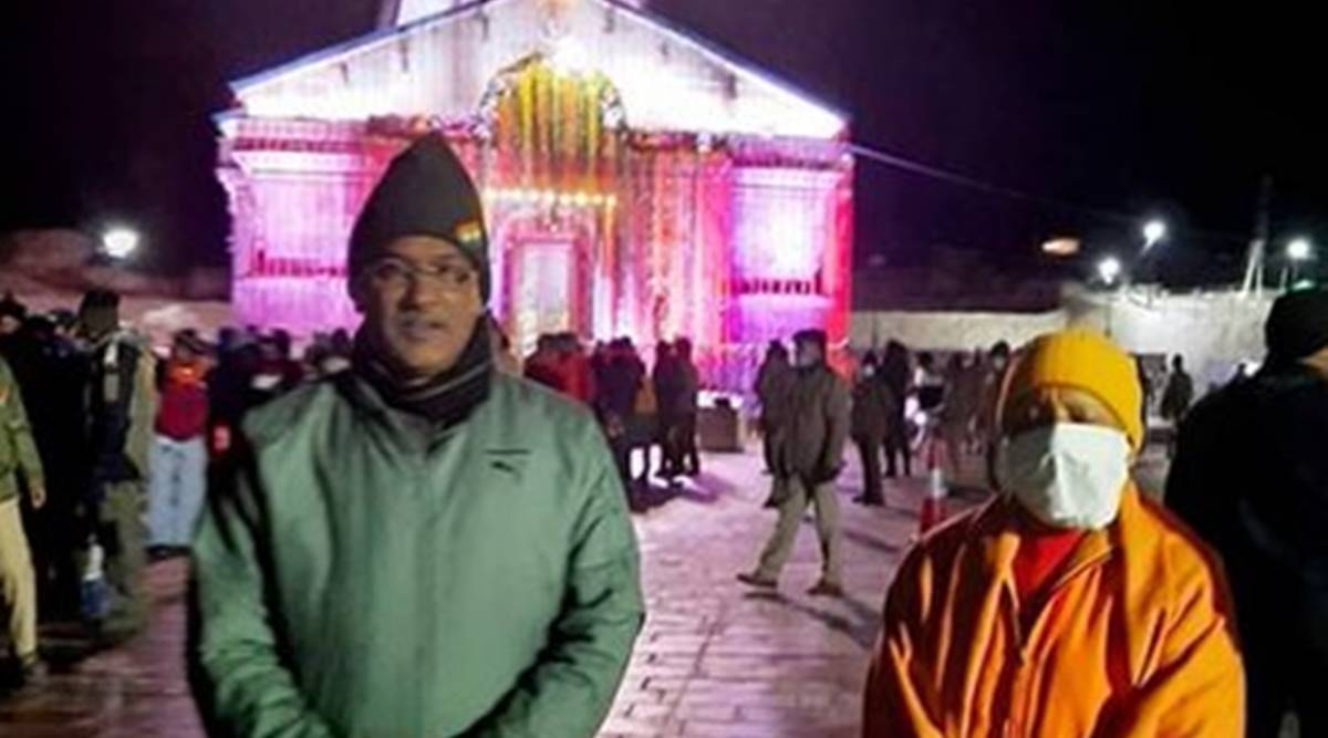Yogi Adityanath, Trivendra Singh Rawat, Kedarnath, Badrinath, Adityanath Rawat snowfall, uttarakhand news, Kedarnath shrine closed, badrinath shrine closing date, indian express