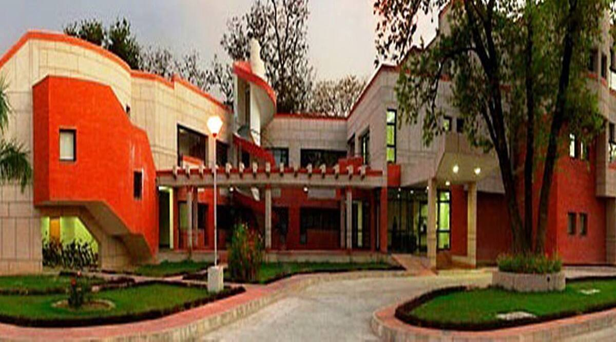 iit, iit kanpur, iit kanpur news, up news, uttar pradesh news, education news, emerging courses, best iits, best courses after 12,