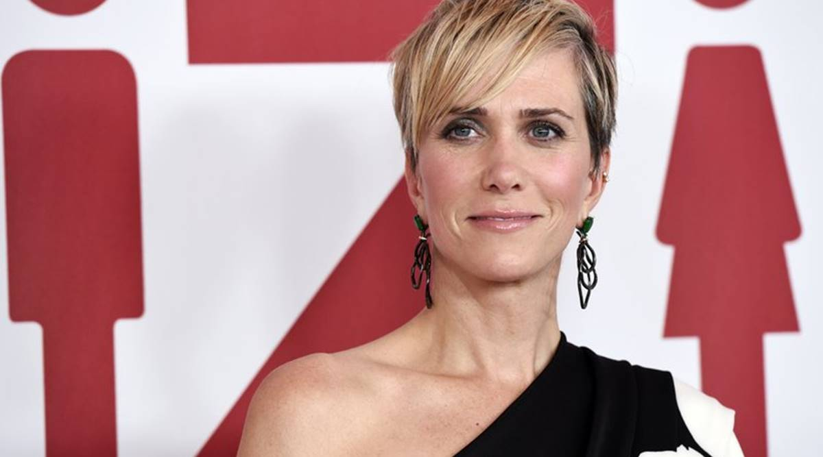 Kristen Wiig on Wonder Woman 1984 co-star Gal Gadot