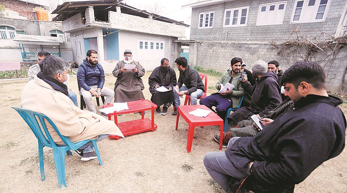 PDP youth leader in jail, his family hits campaign trail in Pulwama