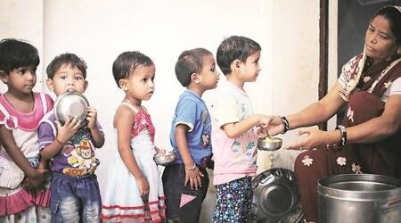 pune, mid-daymeal, migrant can harvesters