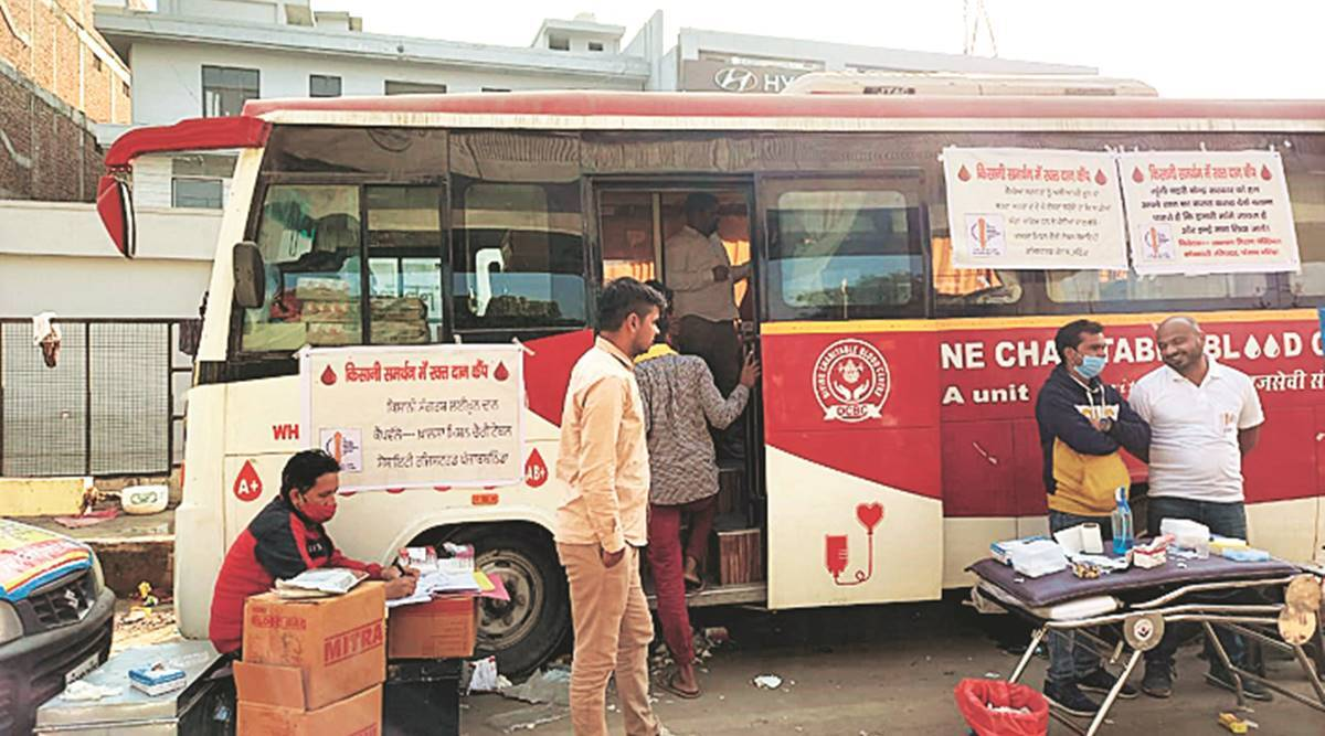 Delhi: At protest site, 300 volunteers line up to donate blood