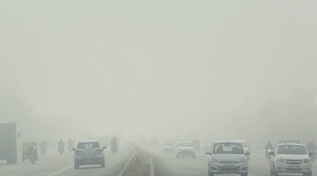 Delhi wakes up to dense fog, 50 flights delayed